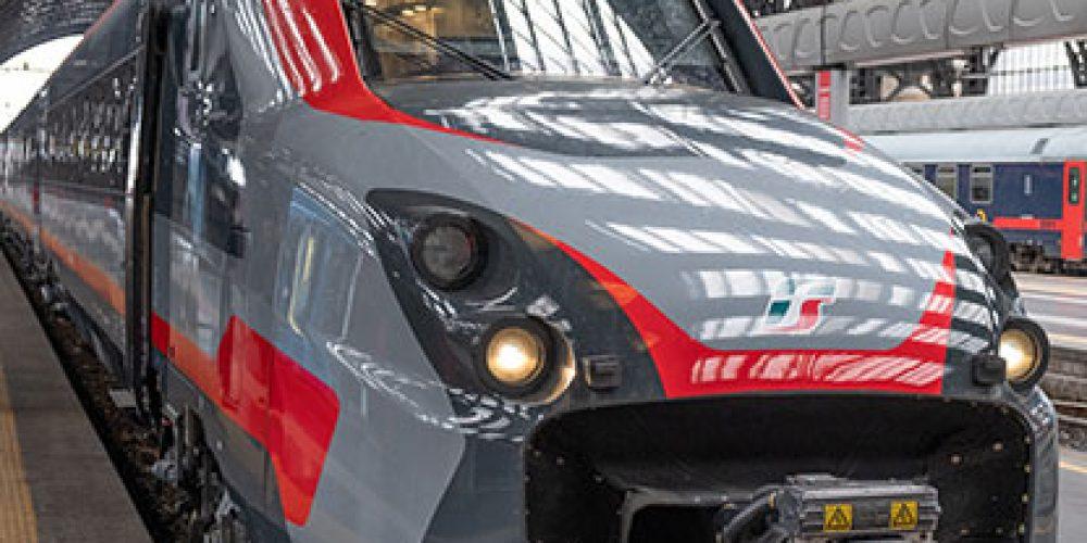 ETR 700 tra Ancona e Milano